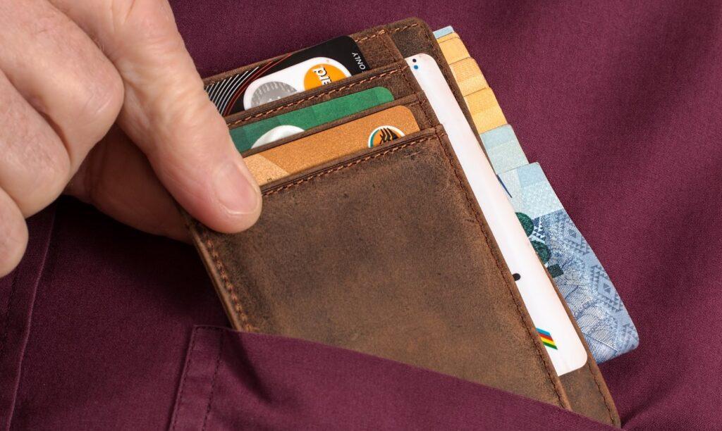 Brieftasche mit Karten